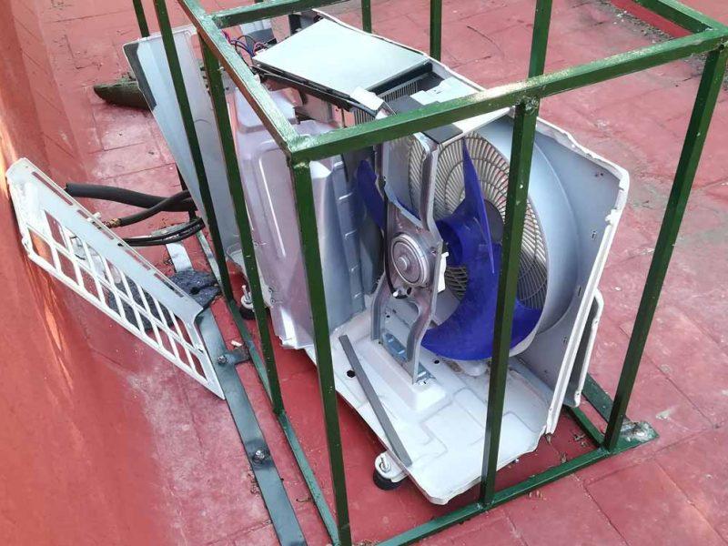 Las jaulas de protección de los co,presores aparecieron destrozadas /LVA