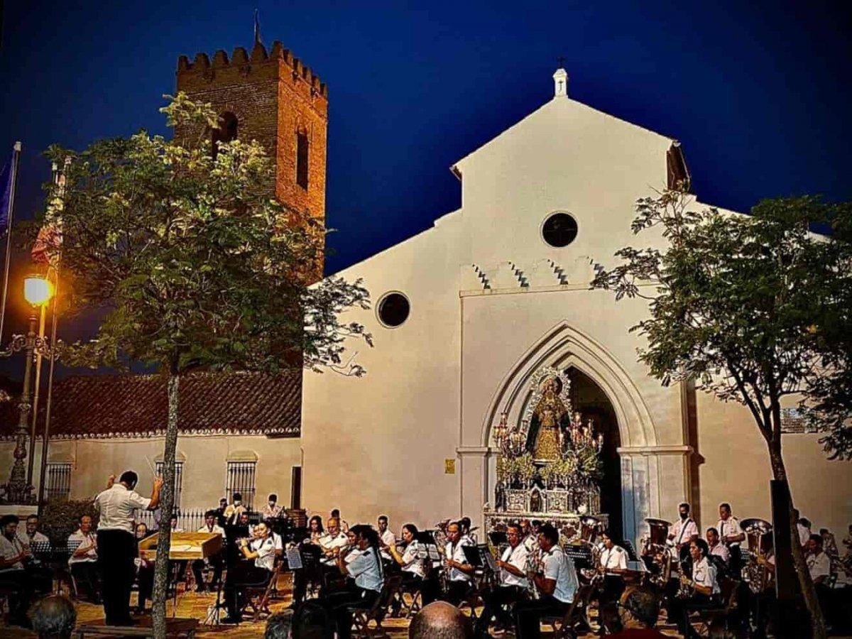 Concierto de la Virgen del Águila / Vicente Romero