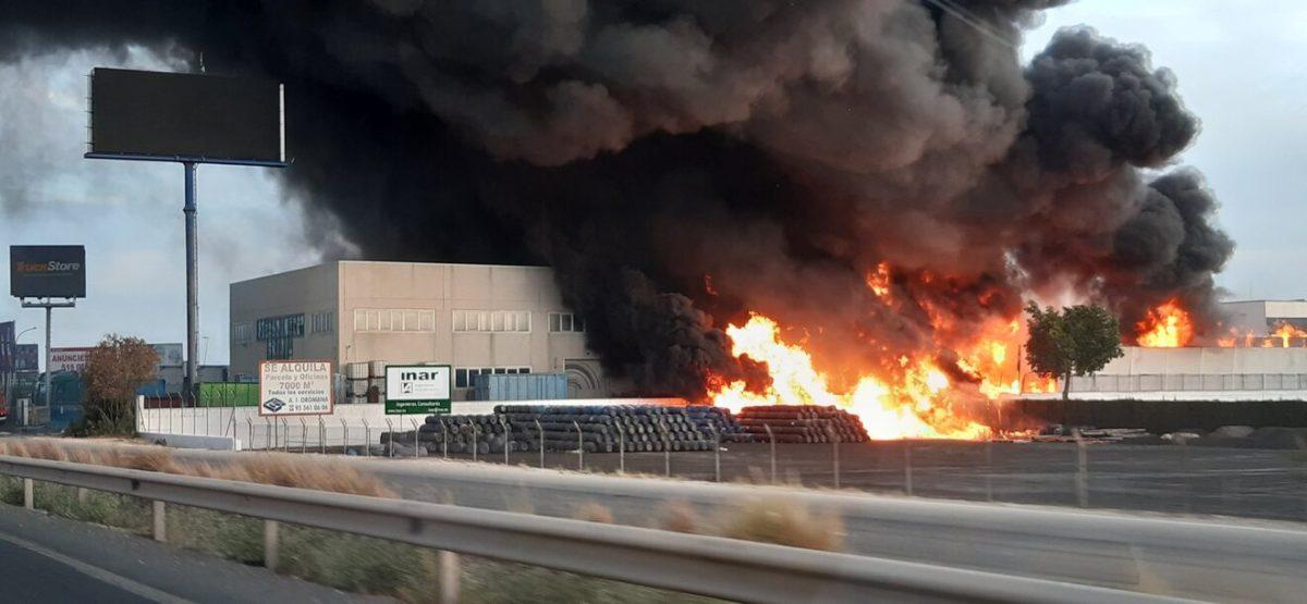 Incendio junto a la A-92 / @santanderina207