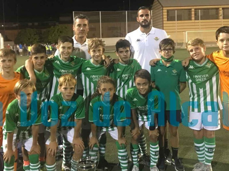 El Betis triunfa en el torneo de fútbol 7 Ciudad de Alcalá